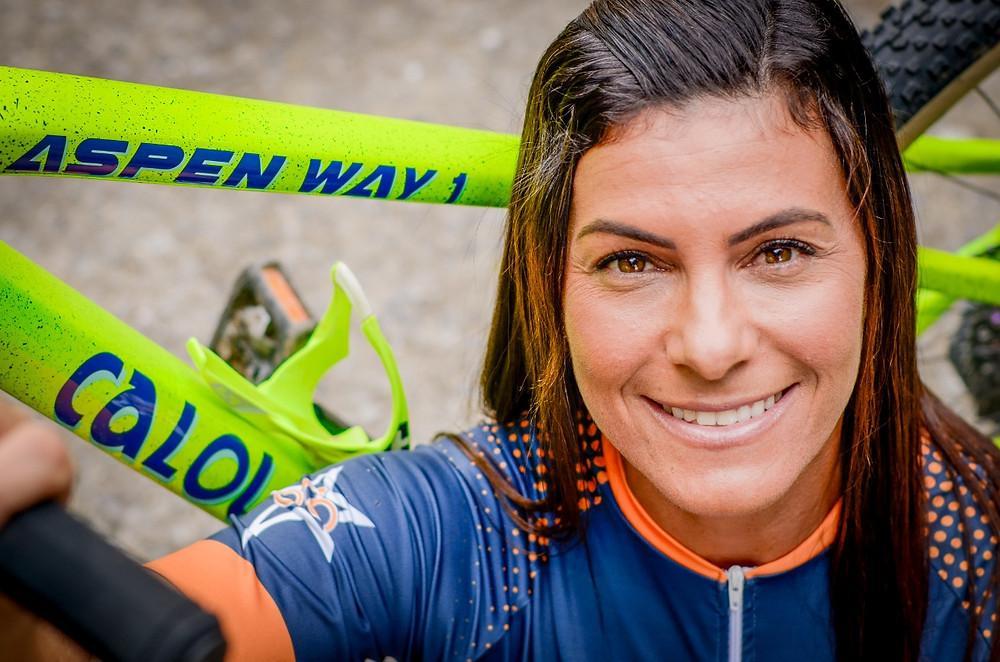 Monike e sua nova Aspen Way / Divulgação