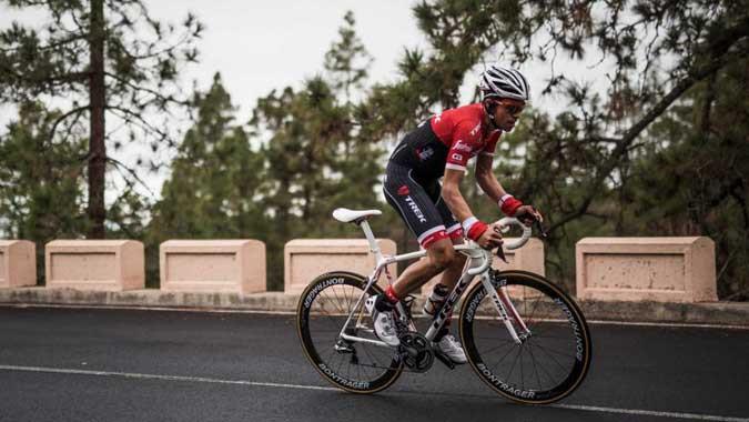 Contador e sua nova bike / Divulgação