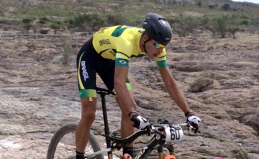 Gustavo Xavier conquistou o bronze / Divulgação
