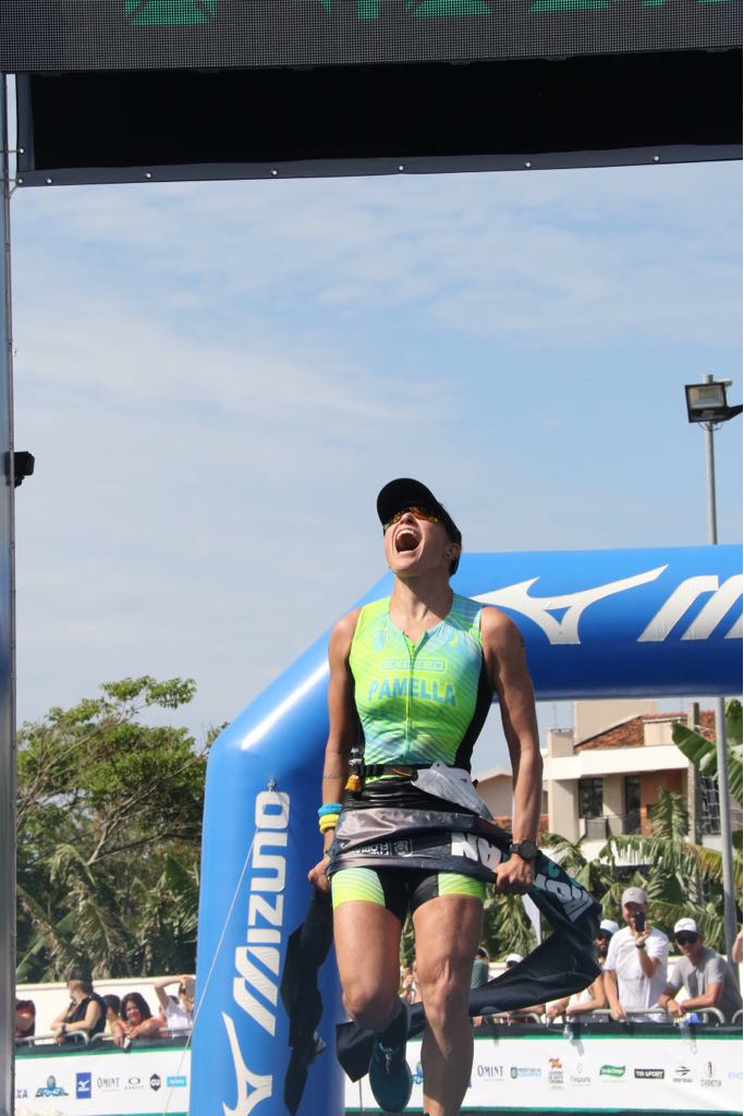 Pâmela Oliveira  no 70.3 Florianópolis  (Fábio Falconi/Unlimited Sports).jpg