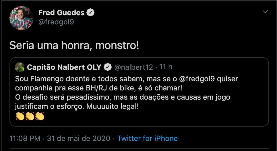 Fred aceitou a companhia do ex-jogador de vôlei Nalbert / Reprodução Twitter