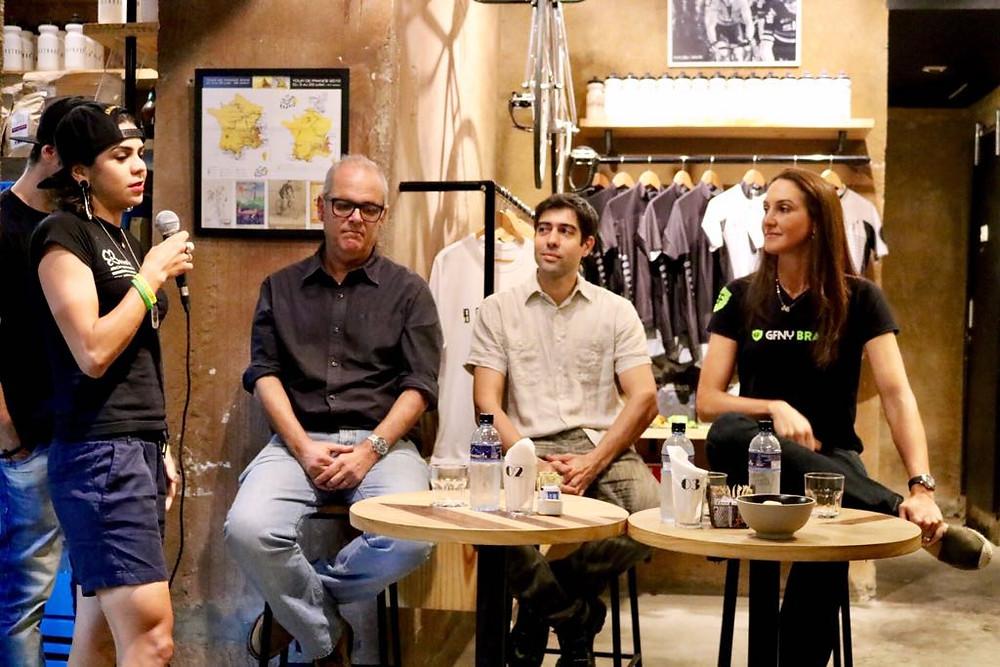 Raiza falando sobre a vida na Espanha, Rio-2016 e projetos / Jacqueline Howard - Planeta da Bike