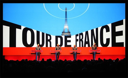 Amantes da música e pedal vão poder assistir ao show do Kraftwerk na etapa inaugural do Tour de Fran