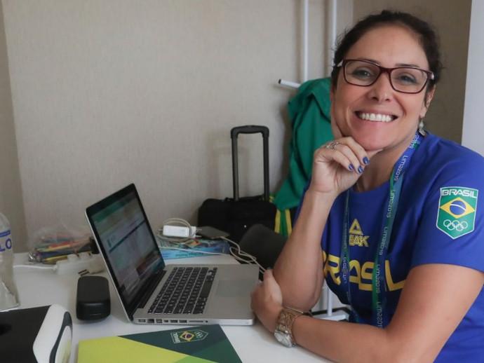 Seleção de BMX Racing finaliza treinamento em Londrina, com visita da Psicóloga Alessandra Dutra