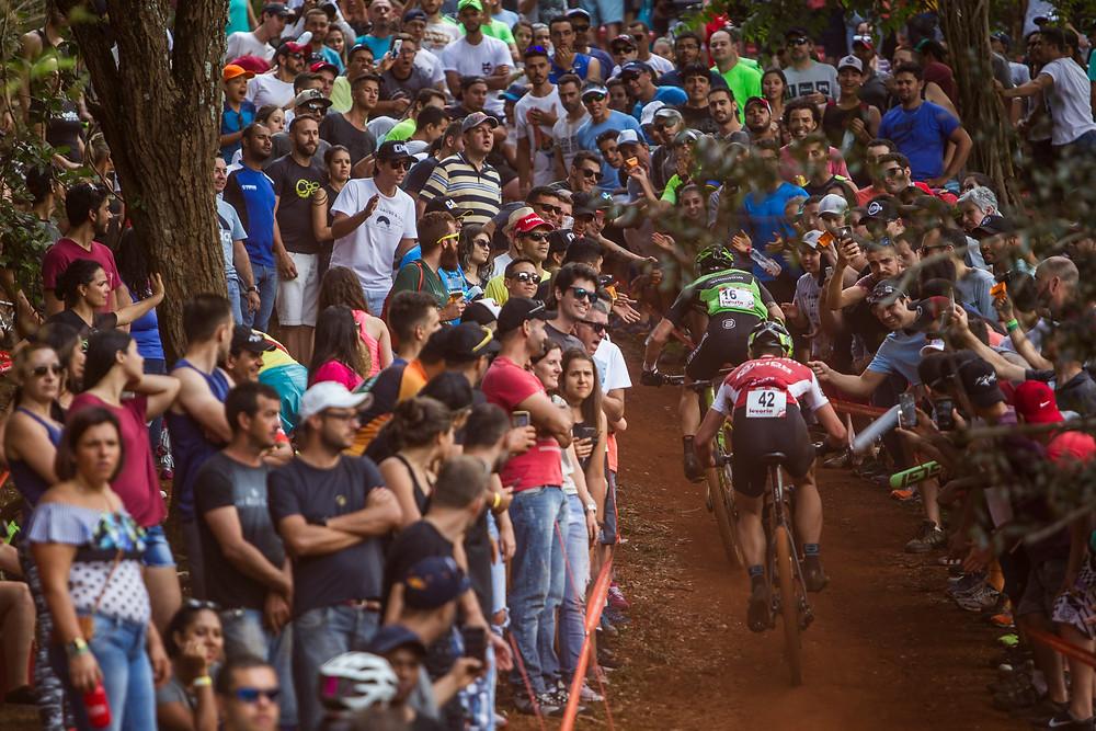 Público torcendo / Divulgação