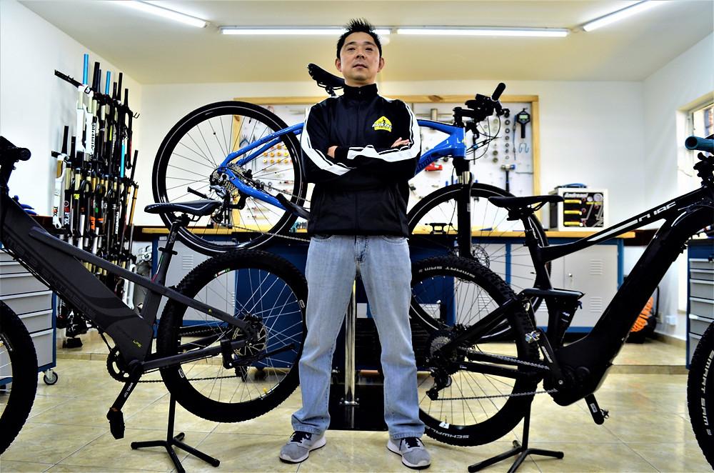 Curso Montagem e Manutenção em Bikes Elétricas / Ricardo Nagatomo