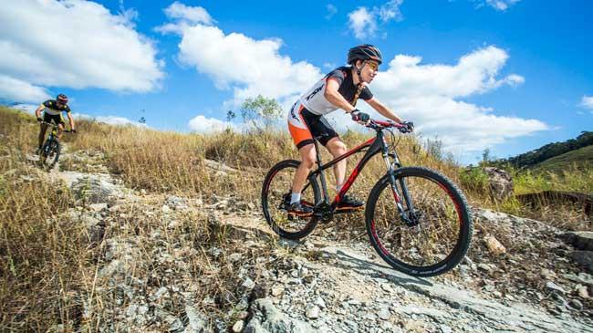 Letícia começou a pedalar em 2010 / Thiago Lemos
