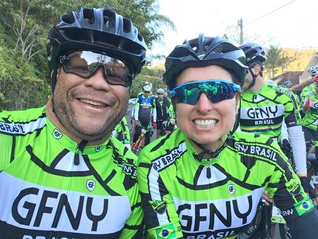 Miranda e sua treinadora na largada do GFNY Brasil / Márcio de Miranda