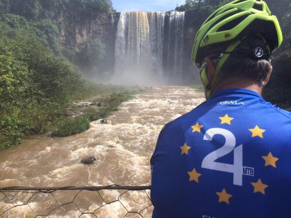 Cachoeira em Costa Rica (Divulgação)