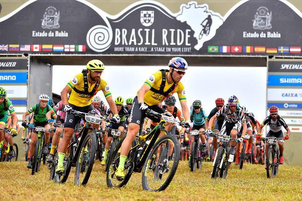 Largada da Brasil Ride em Guaratinga  (Hudson Malta / Divulgação)