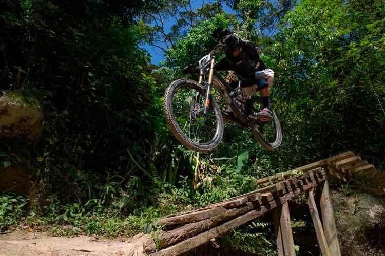 Javier em ação / Hugo Hora - Divulgação