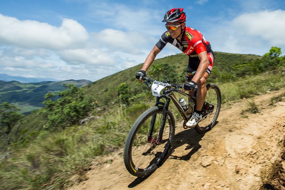 Atleta em Ibitipoca / Thiago Lemos
