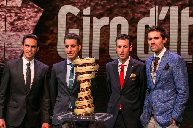 Contador, Aru, Nibali e Dumoulin de olho no troféu / Divulgação