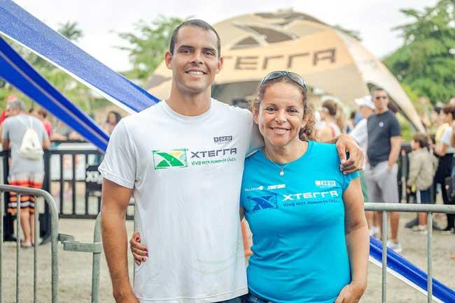Marcelo Faro e a mãe / Divulgação