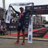 Igor Amorelli conquista o Ironman 70.3 Equador