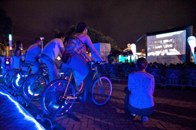 Público pedalando e gerando energia na edição carioca do ano passado / Divulgação