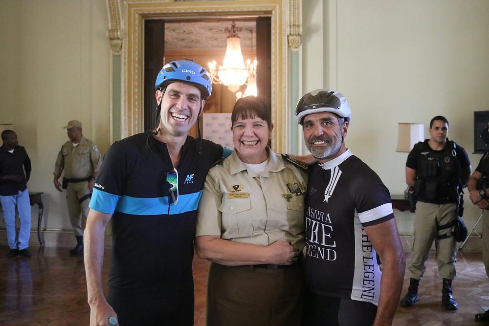 Raphael Pazos, Inspetora Tatiana e Miguel Lasalvia / Márcio de Miranda - Planeta da Bike