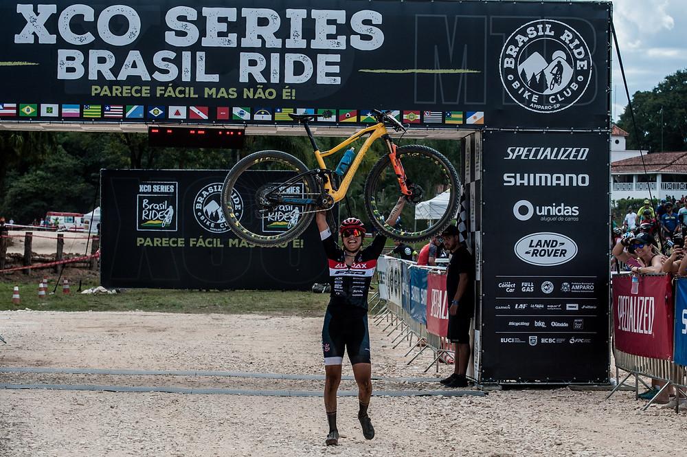 Taça Brasil XCO Brasil Ride - Chegada / Ney Evangelista