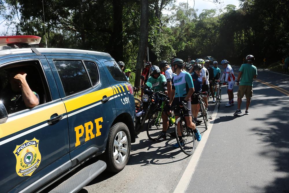PRF dando suporte aos ciclistas / Márcio de Miranda - Planeta da Bike