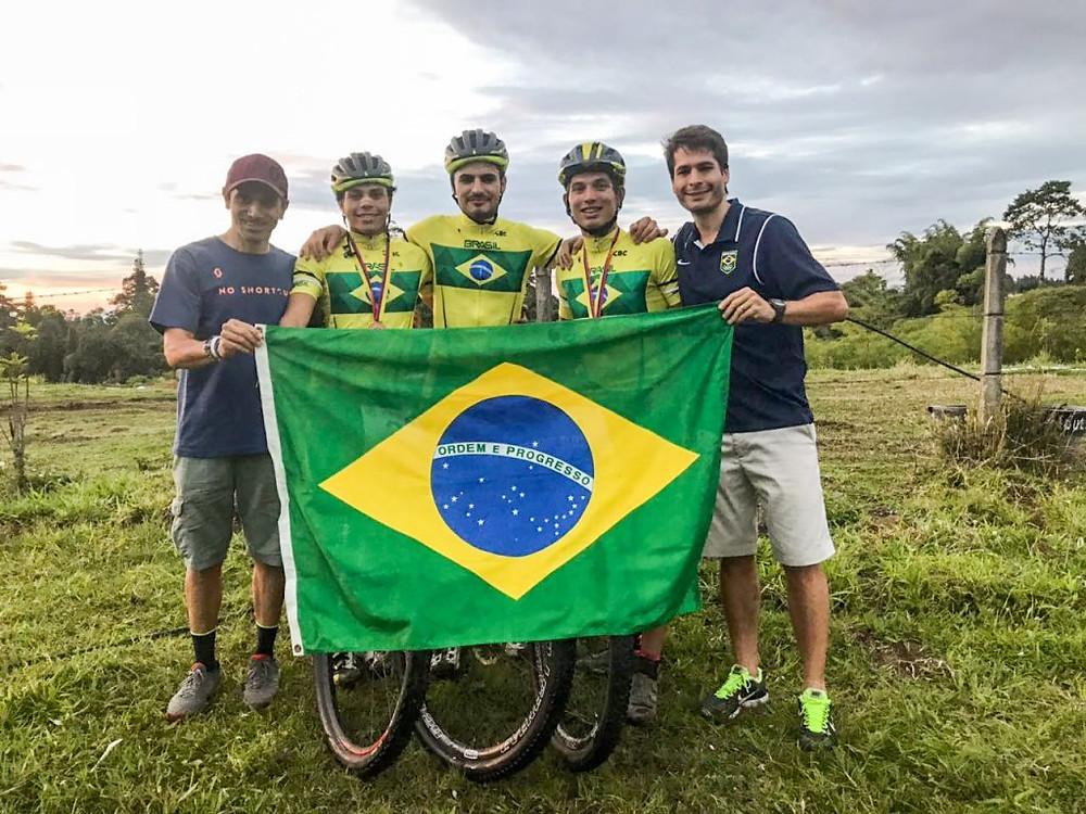 Brasil comemora medalhas / CBC - Divulgação
