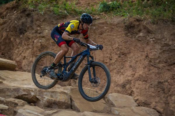 Thiago Velardi, campeão do E-MTB (Fabio Piva / Brasil Ride)