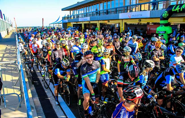 Largada do Bike Series Velo Città 2017 / SBorges