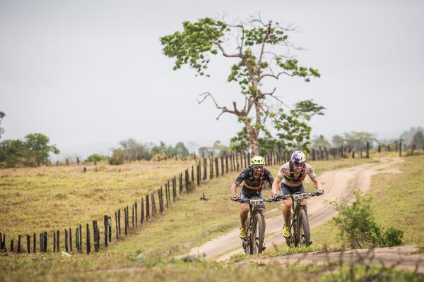 Avancini e Fumic, segundo colocados novamente (Fabio Piva / Brasil Ride)