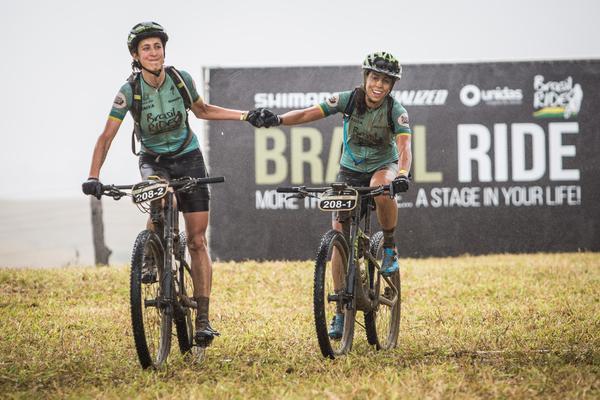Marcela e Viviane, campeâs das Américas  (Fabio Piva / Brasil Ride)