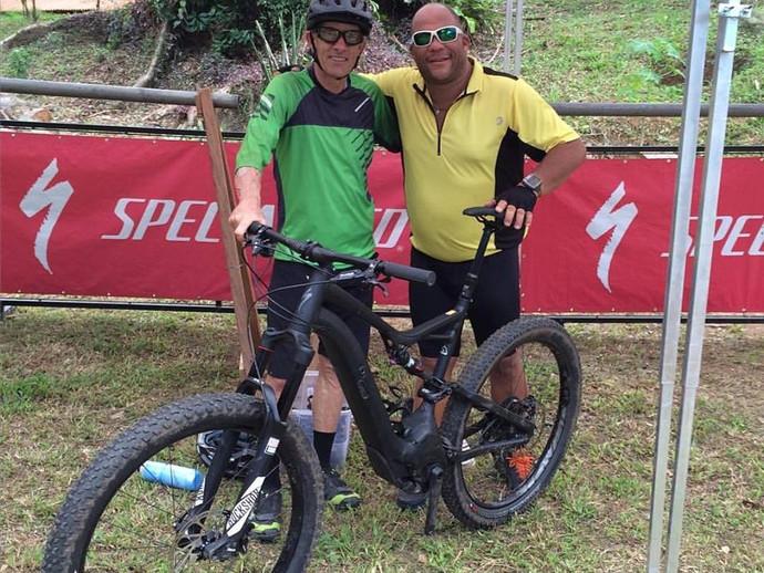 Ned Overend, lenda do MTB mundial, batiza trilha em Bike Park