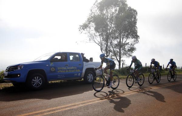 Carro de apoio da Unidas / Christian Correa - Brasil Ride