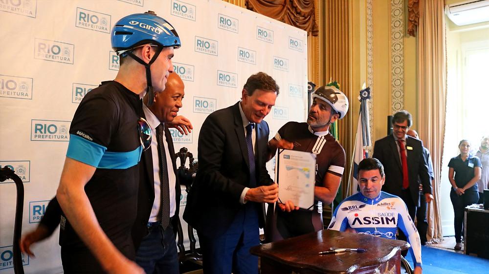 Momento da oficialização da APCC Porto / Márcio de Miranda - Planeta da Bike
