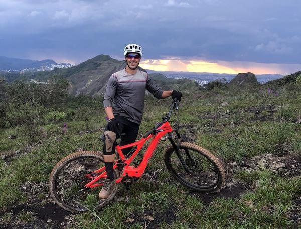 André Bretas é o único brasileiro na divisão PRO do Enduro World Series de E-Bike
