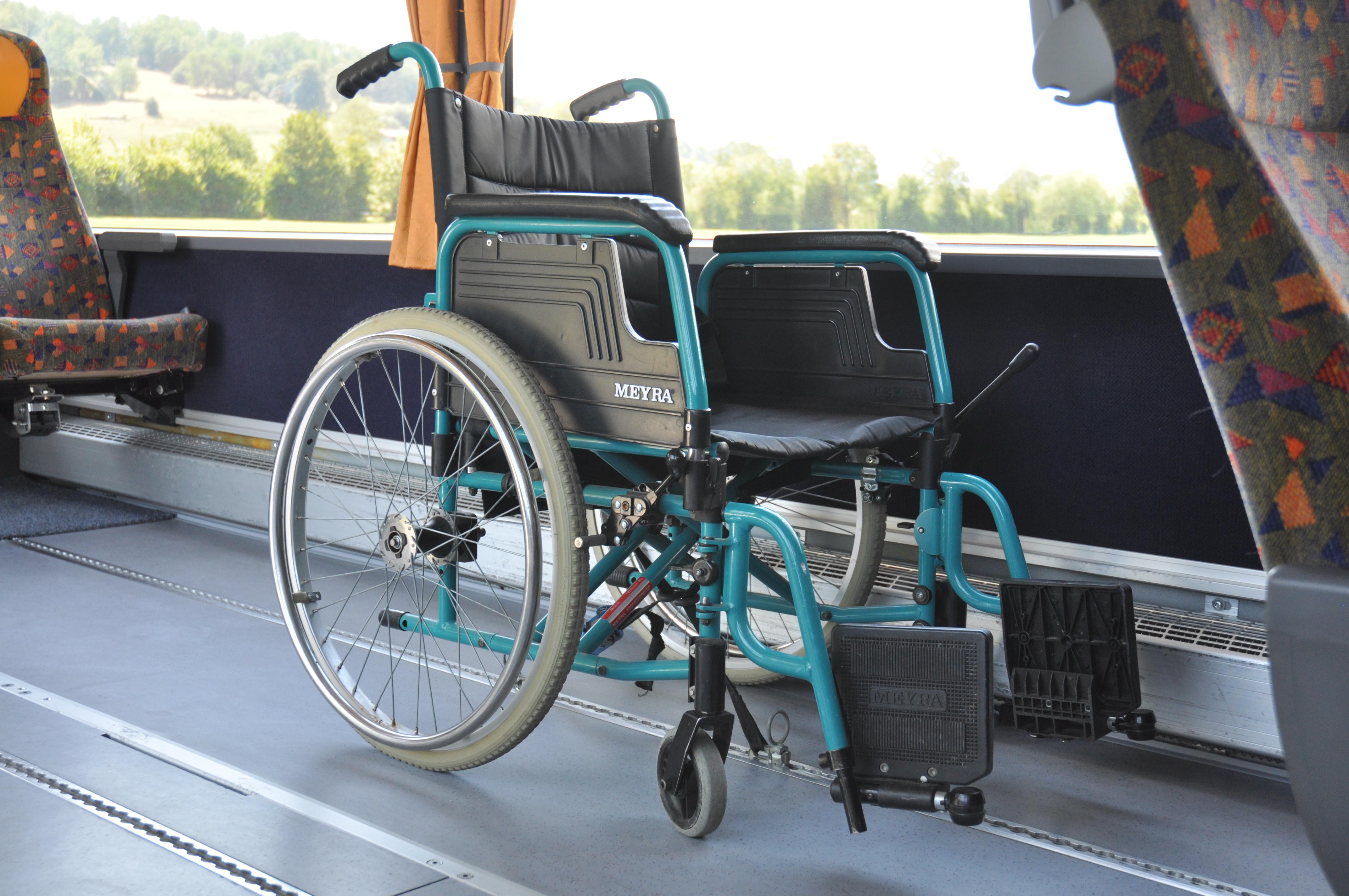 Rollstuhlinnengesichert
