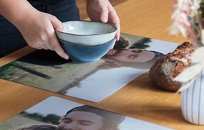 set de table plastique 800x512.jpg