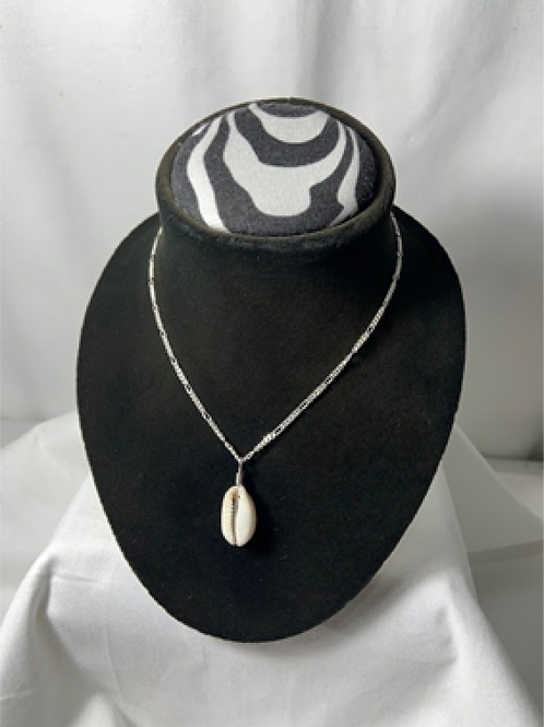 N43 Cowrie Shell Necklace with 18 inch Chain
