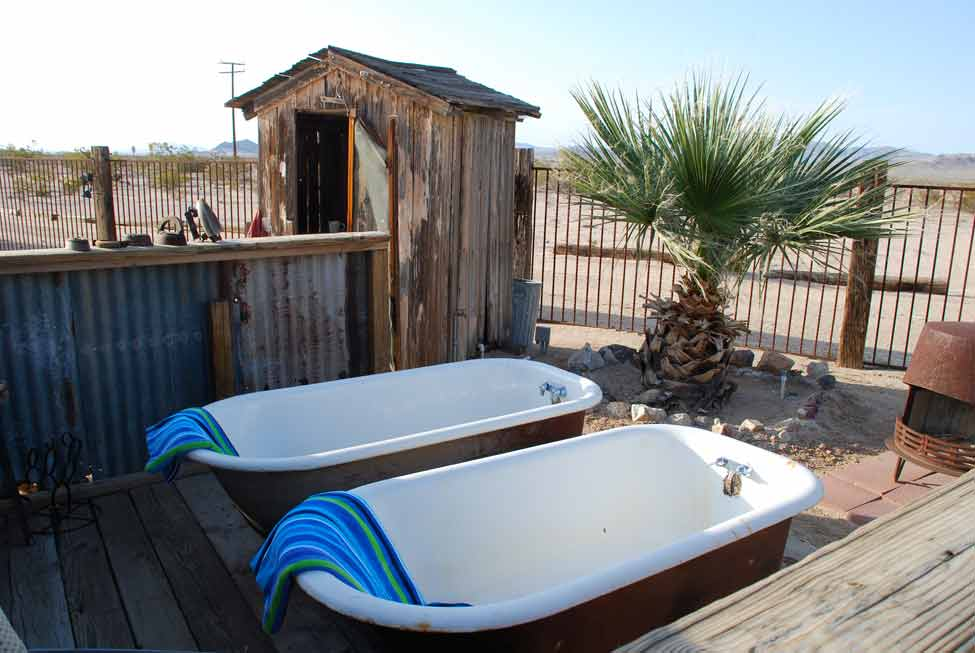 outdoor_bathtubs_02