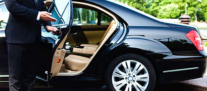 Book Airport Transfers in Jamaia with Advenique