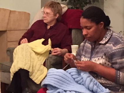 Westminster Prayer Shawl Ministry kniting prayer shawls in Cedar Rapid, IA.