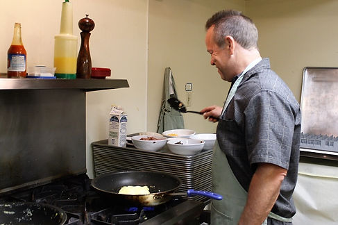 Dave Leeper makes omelets for Mother's Day at Westerminster Presbyterian Church, Cedar Rapids, IA