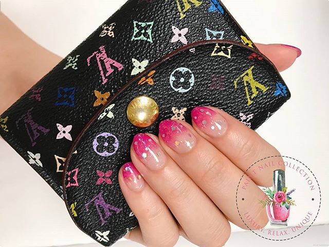 混色漸變加人銀色亮片點綴,_柔和又夢幻💕_Simple,Fantastic 💕__Follow us for more info__Facebook_ Paint Nail Collection