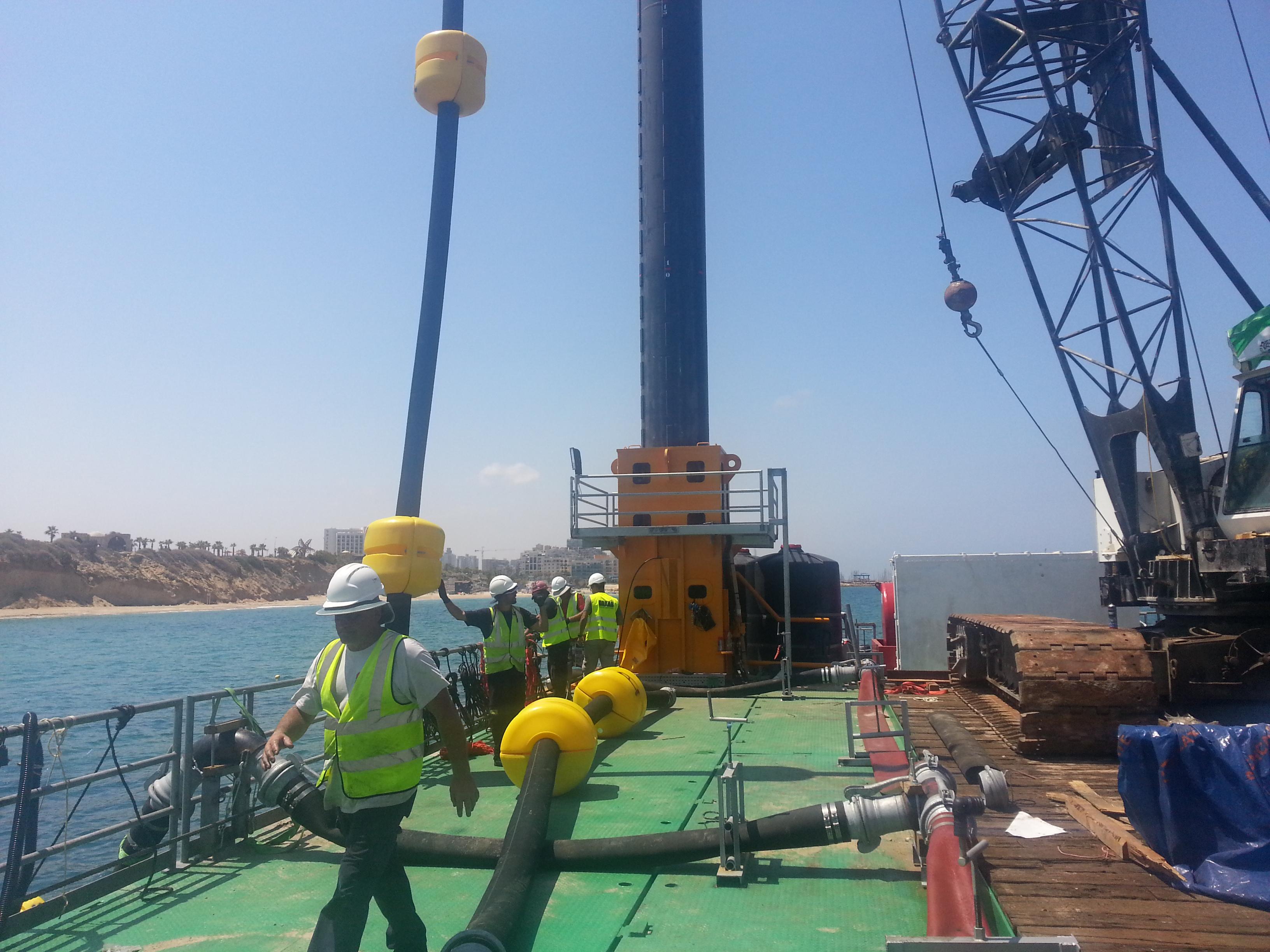 הגנת צוקי ים תיכון הפעלת מנוף