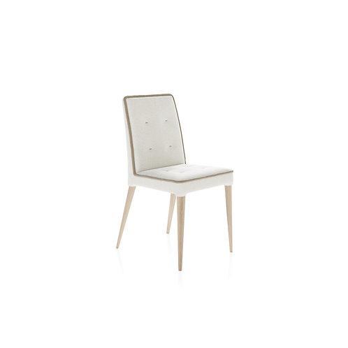 Kėdė OUTFIT 04