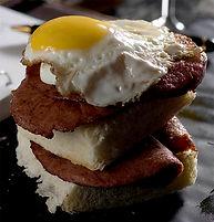 Egg Benedict (3).jpg