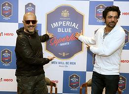 Visha Dadlani & Sunil Grover during a pr