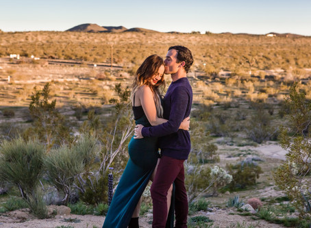 Joshua Tree Engagement Photography & Getaway Bungalow