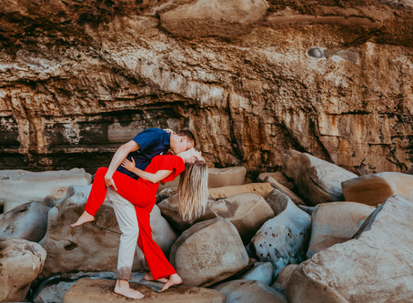 La Jolla Beach engagement photography