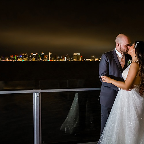 Tom Hams Lighthouse Wedding + Hilton bayfront