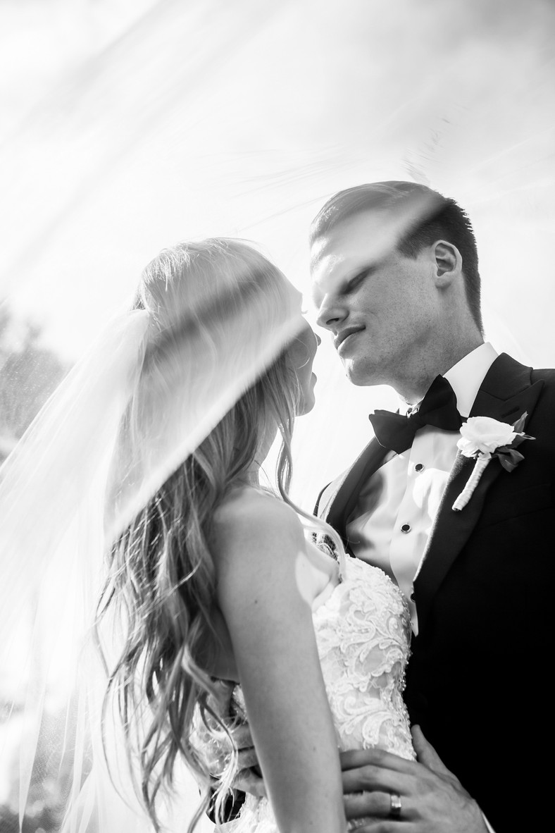 San Diego Wedding Photographer, Bride and Groom at the Thursday Club, Berlynn Wedding Photography