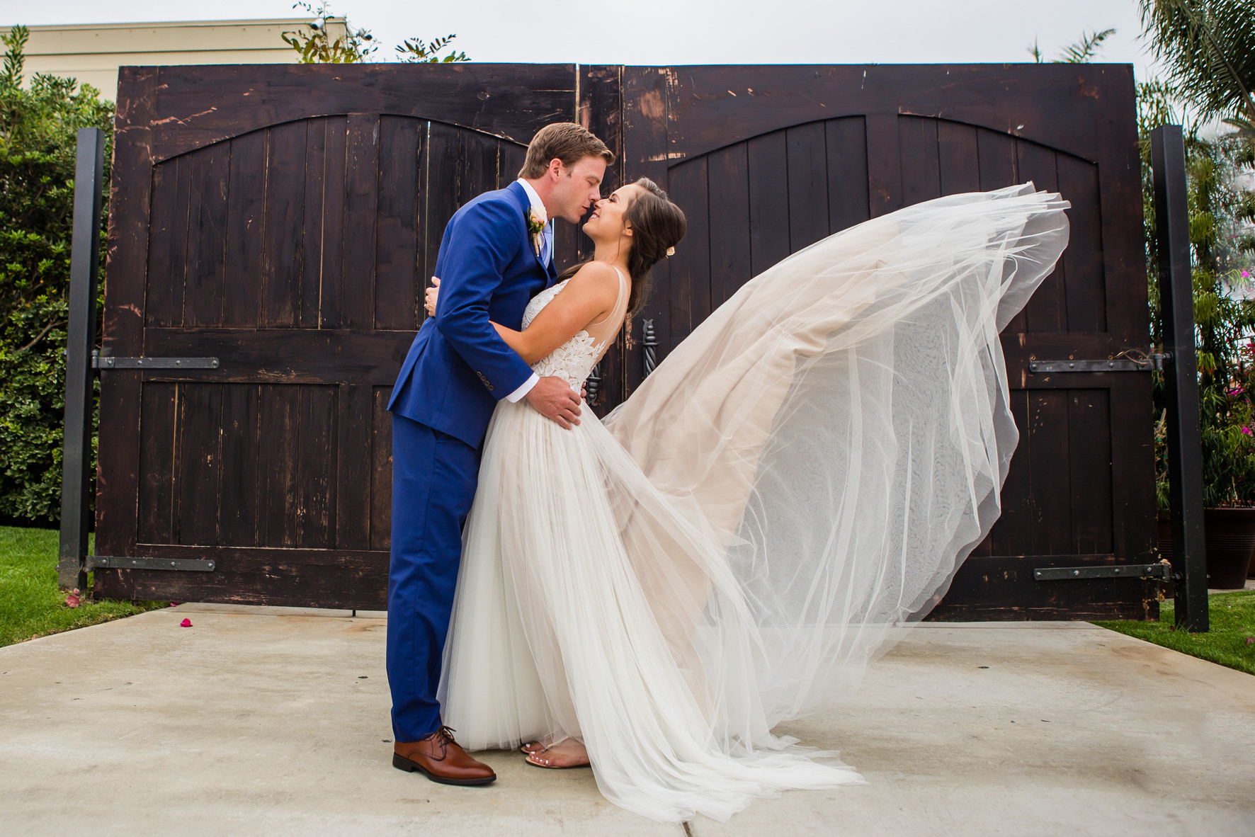 Best of wedding photography 2018, Berlynn Photography, San Diego Wedding Photography, Bride and Groom kiss