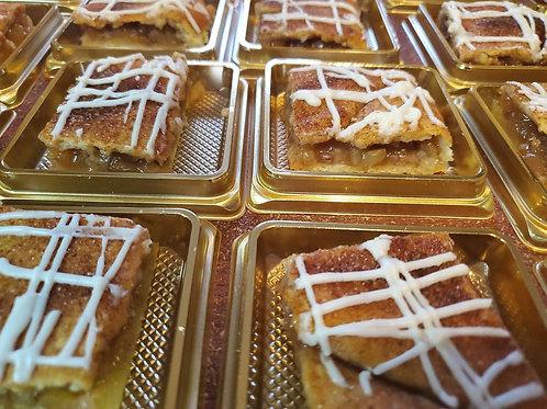 Apple Pie Bars (24 Servings)